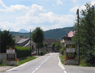 Picture : Entry of the village